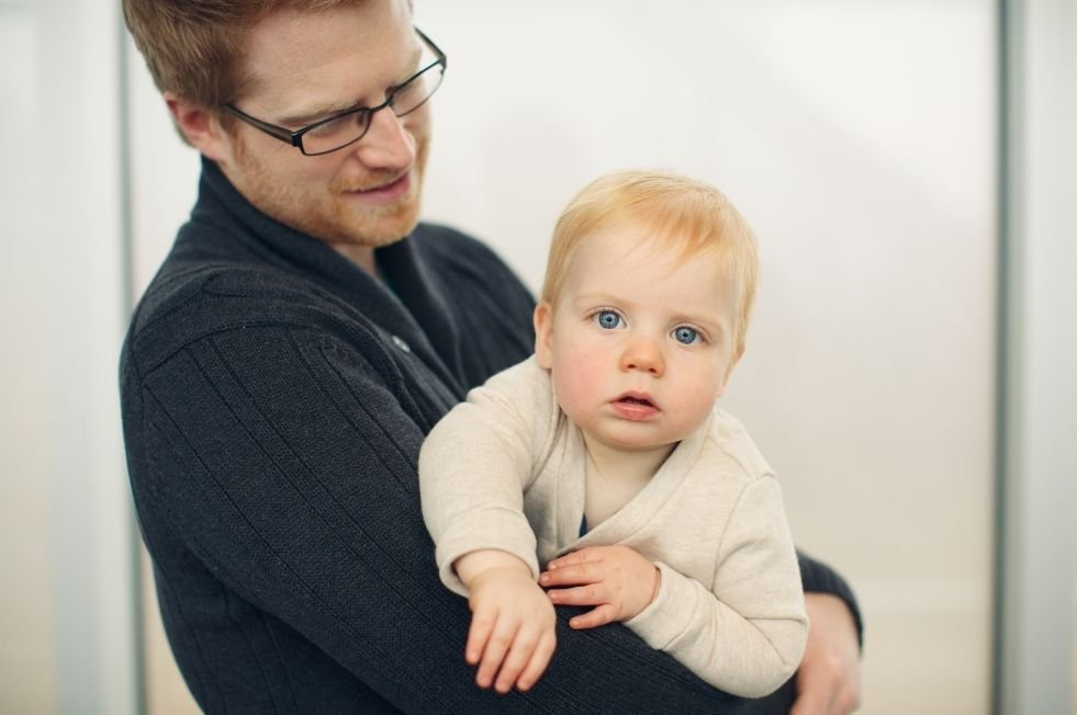 zamestnanec trvale sa starajúci o dieťa