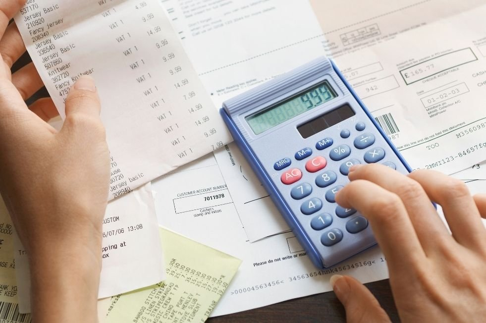 paušálne výdavky alebo daňová evidencia